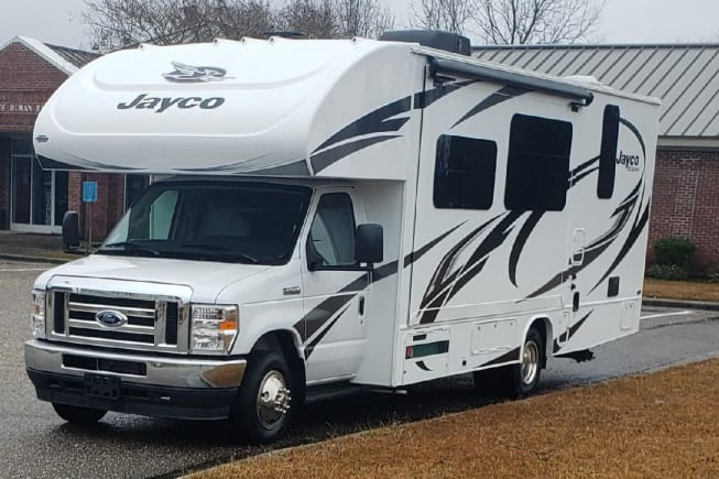 2021 Jayco Redhawk available for rent in BARBOURSVILLE WV