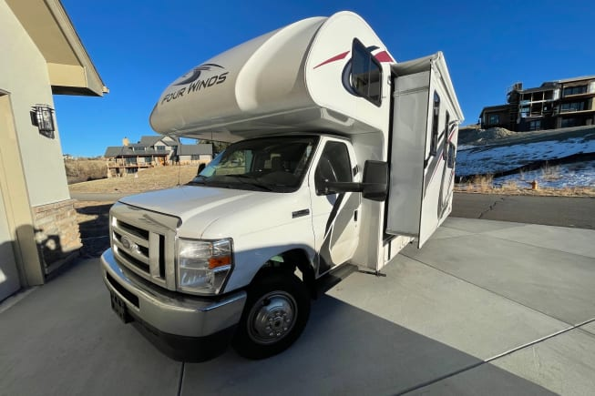 2021 Thor Motor Coach Four Winds available for rent in Thornton CO