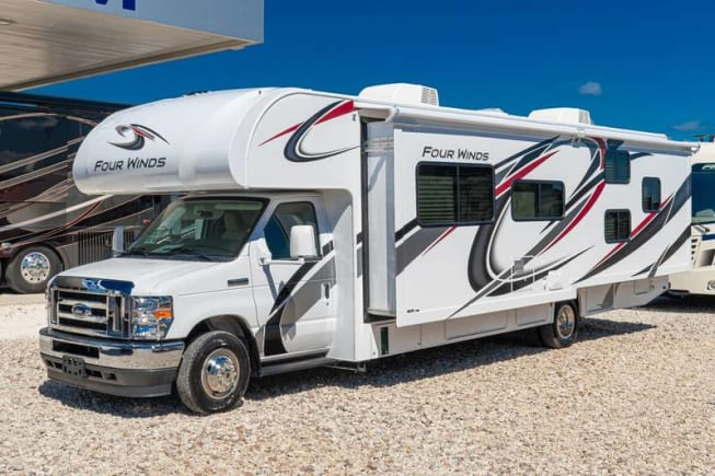 2021 Thor Motor Coach Four Winds available for rent in Georgetown TX