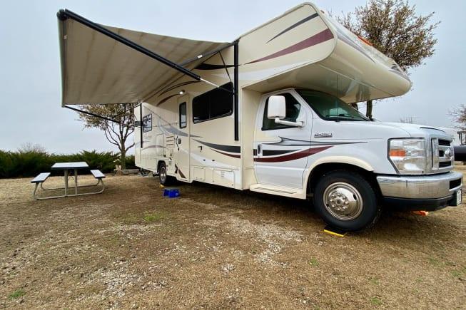 2016 Coachmen Freelander available for rent in Haltom City TX