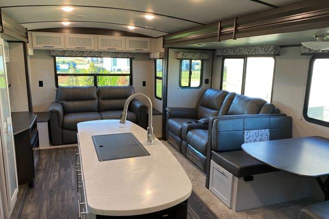 2020 Keystone Premier Ultra Lite available for rent in Murfreesboro TN