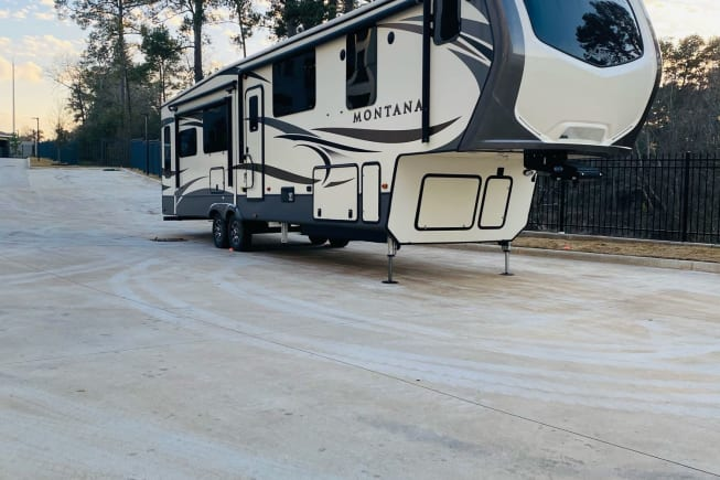 2019 Keystone Montana available for rent in Woodlands TX