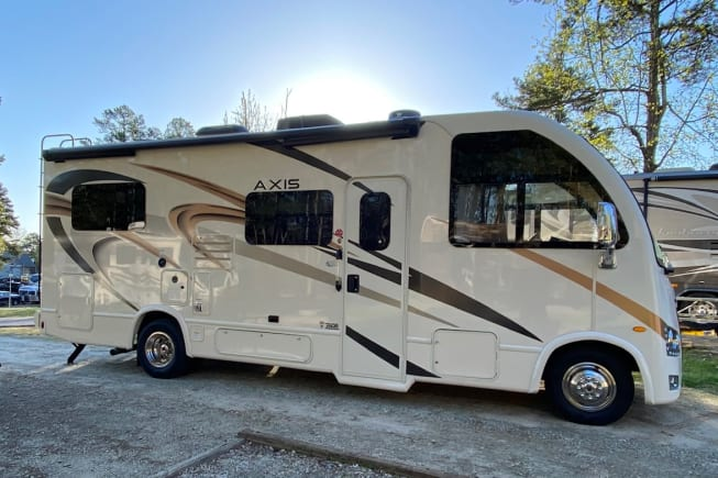 2021 Thor Motor Coach Axis available for rent in Fort Worth TX