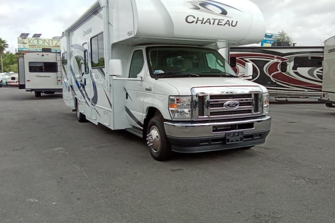 2021 Thor Motor Coach Chateau available for rent in Summerfield FL