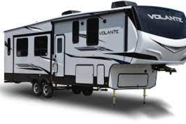 2018 Crossroads VL3601LF available for rent in Tampa FL