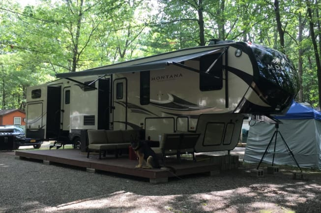 2017 Keystone Montana High Country available for rent in Johnsonville NY