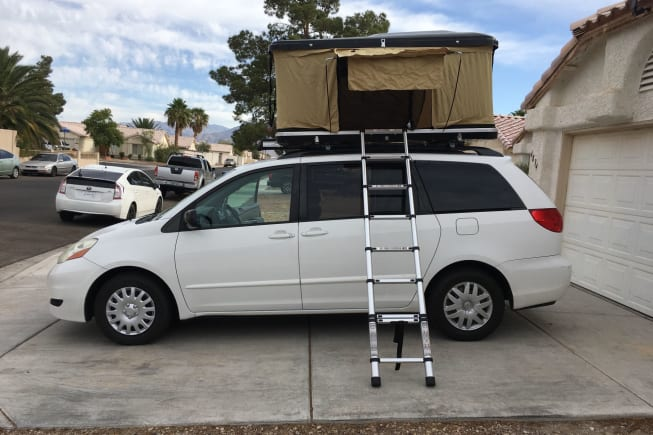 2009 TOYOTA SIENNA available for rent in North Las Vegas NV
