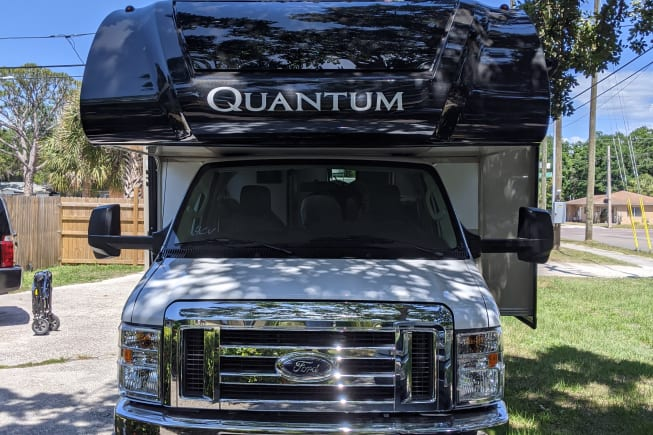 2022 Thor Motor Coach qantum available for rent in St. Petersburg FL