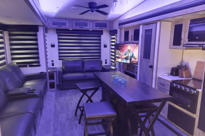 2021 Forest River Cherokee Arctic Wolf 3880 available for rent in Jacksonville FL