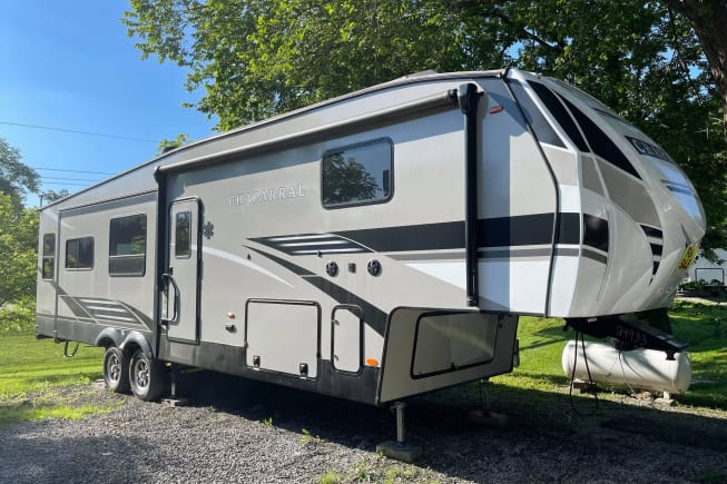 2020 Coachmen Chaparral available for rent in Kansas City MO