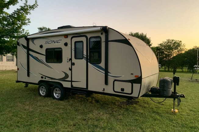 2016 Venture Rv Sonic available for rent in Atascosa TX