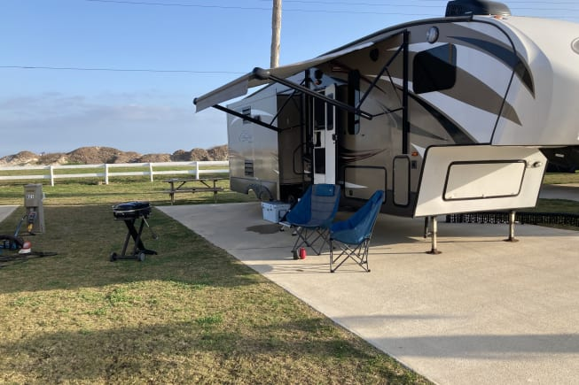 2015 Keystone Cougar Lite available for rent in New Braunfels TX