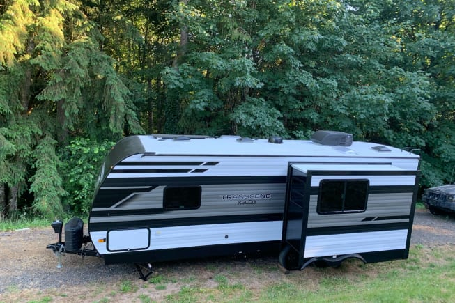 2022 Grand Design 573TT292XN8817479 available for rent in Kalama WA