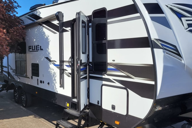 2021 Heartland Fuel 305 available for rent in Vancouver WA