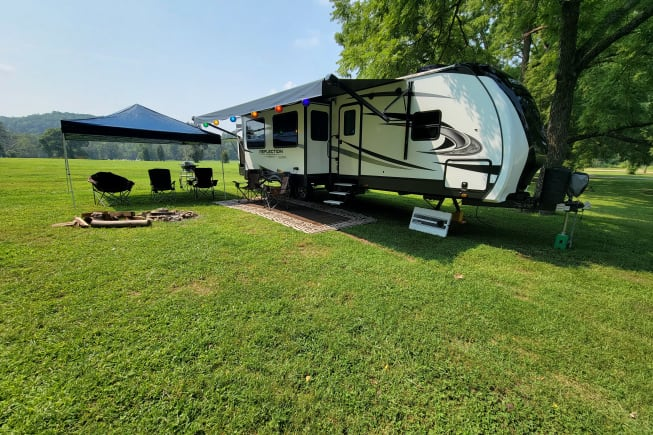 2022 Grand Design Reflection available for rent in MARSHFIELD MO