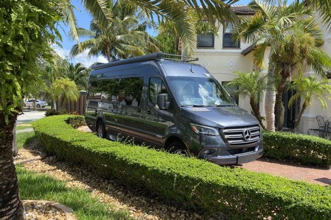 2021 Winnebago Era available for rent in Miami FL