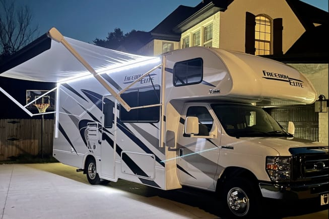 2022 Thor Motor Coach Freedom Elite available for rent in Cave Springs AR