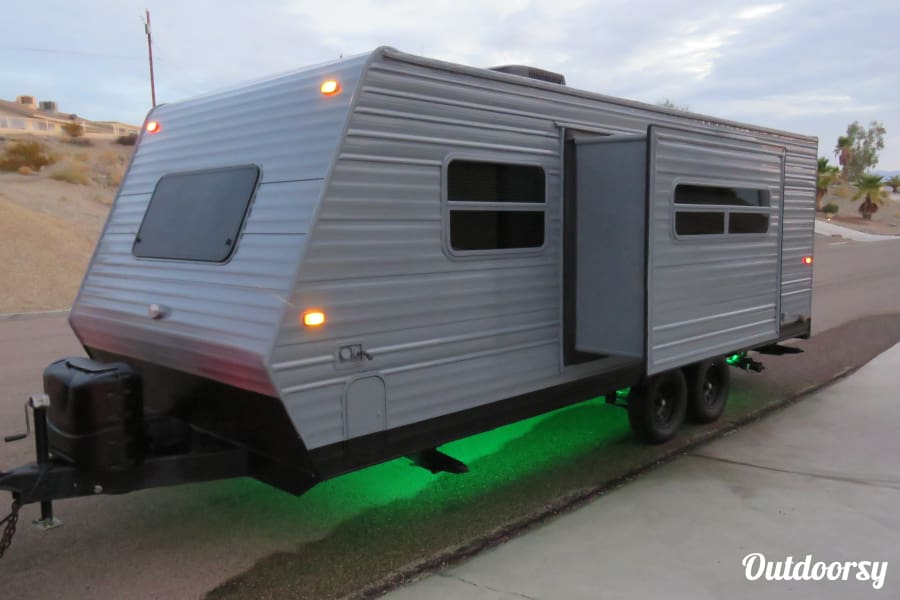 Custom 23' Travel Trailer Lake Havasu City, AZ