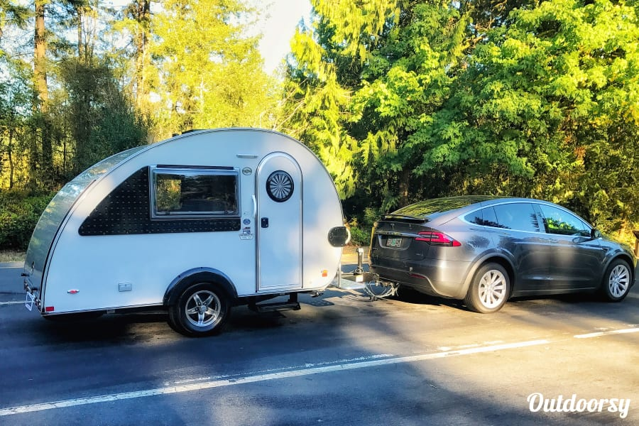 exterior Mr. Camper!!  Easy to tow and has a restroom  (2017 Teardrop) Portland, OR