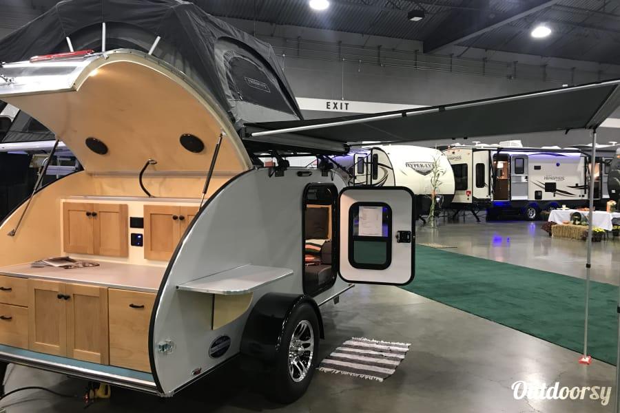exterior 2018 Aero Teardrops 5 x 10 Steel model named Flora Tigard, OR