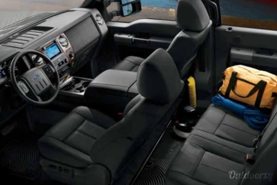 interior 2006 Lance Max 1191 w/2011 F450 4X4 Super Duty Crew Cab Truck Santa Maria, CA