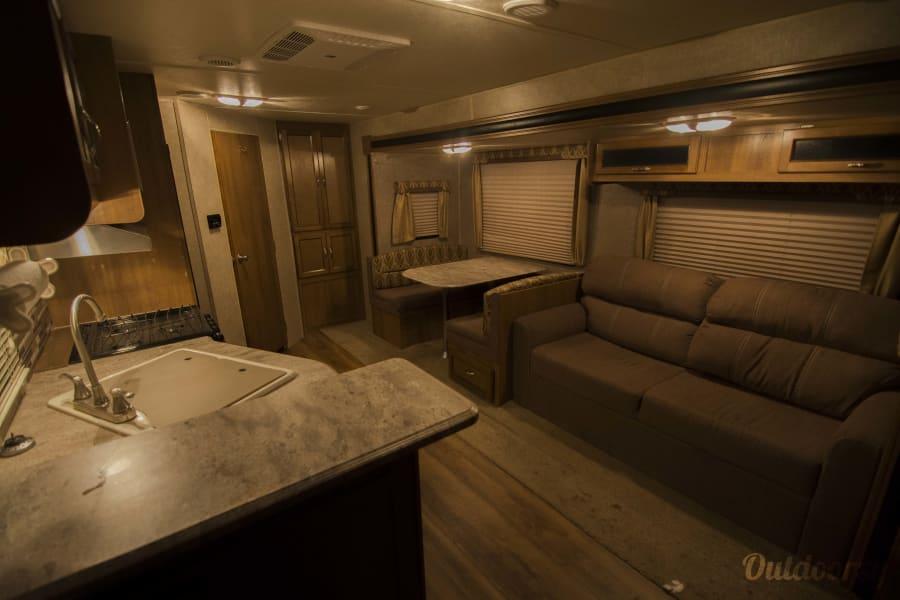 2016 Coachmen Catalina Trailer Rental In Livingston Mt