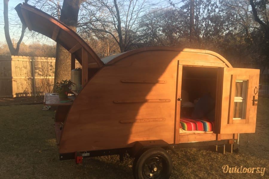 exterior 2017 Custom made Teardrop: Sunny Day Austin, TX