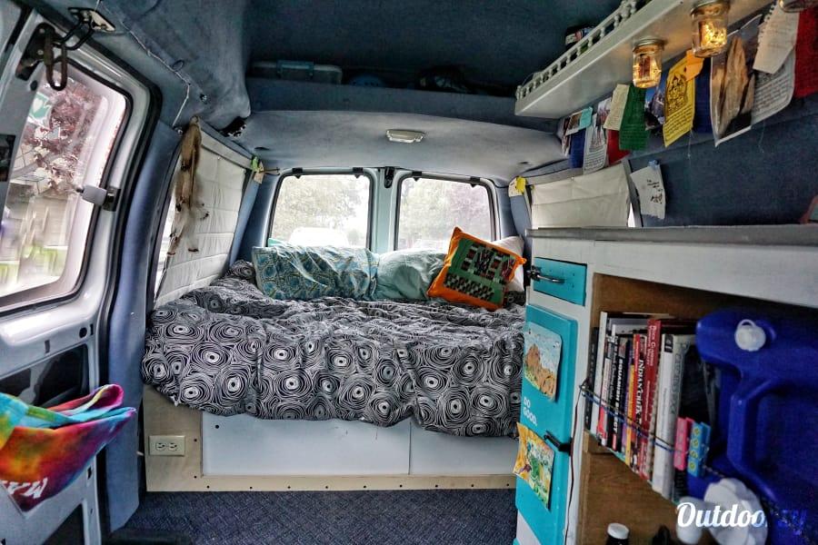 2000 Gmc Savanna Motor Home Camper Van Rental In Everett