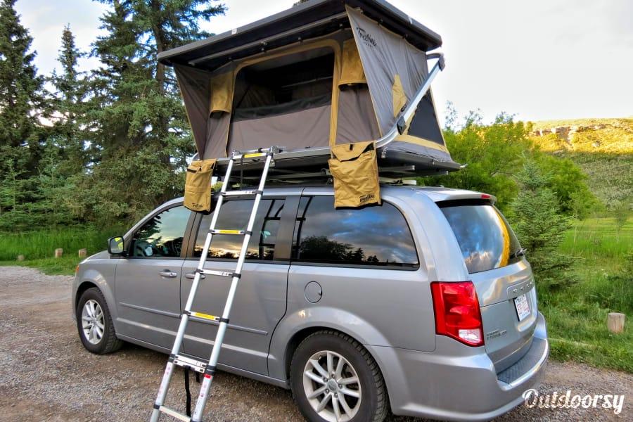 2015 Dodge Grand Caravan Motor Home Camper Van Rental In