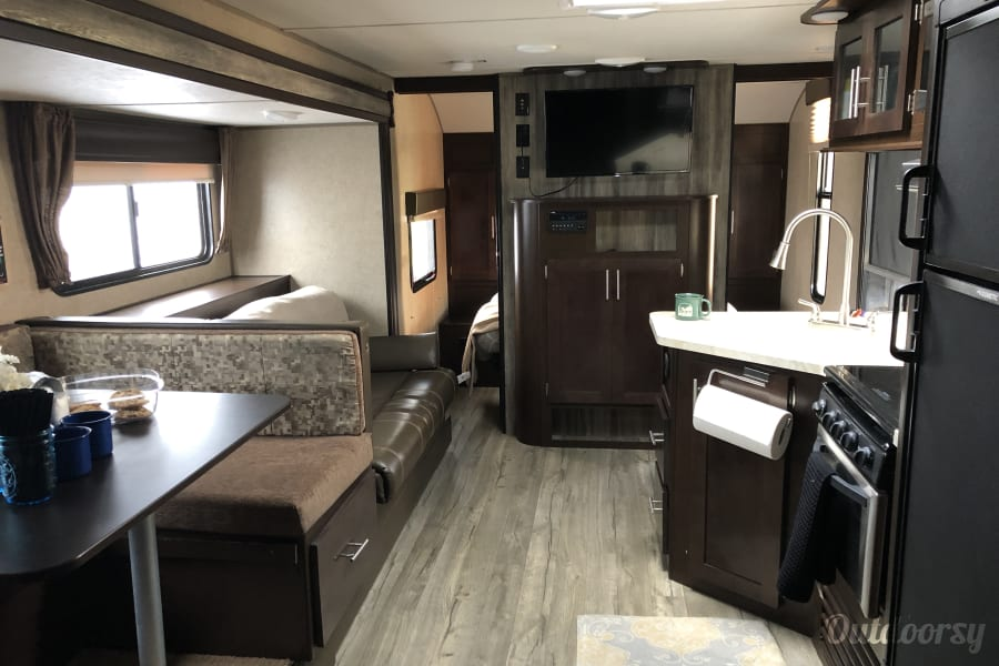 interior 2018 Grey Wolf for family adventures and festival fun! Nashville, TN