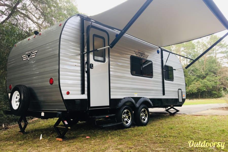 exterior 2019 Riverside RV Retro 189R aka Dream Factory Niceville, FL
