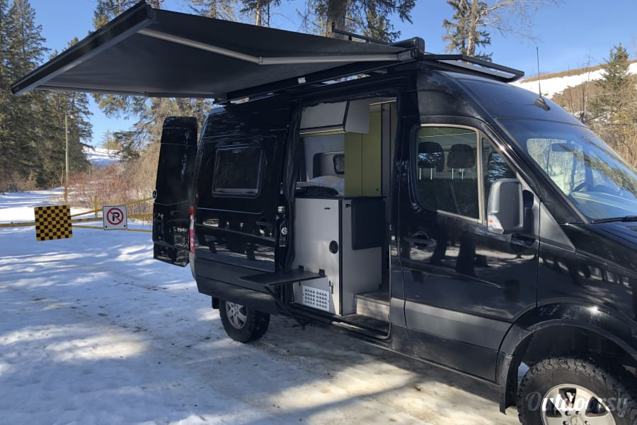 Sprinter Van Conversion - Stealthy & Off-Grid Prince Albert, SK