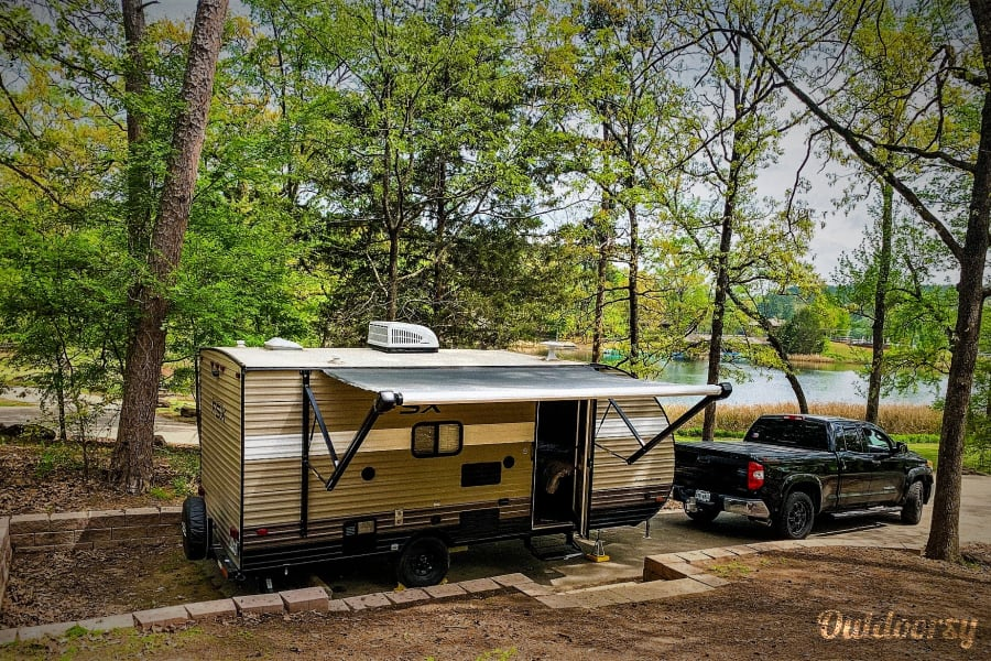 """The Wonder Twins 2 """" Light weight, easy tow with more space and convenience of Home away from Home! Mansfield, TX"""