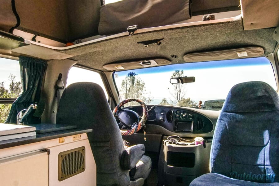 interior 2001 Ford Econoline 150 Walnut Creek, CA