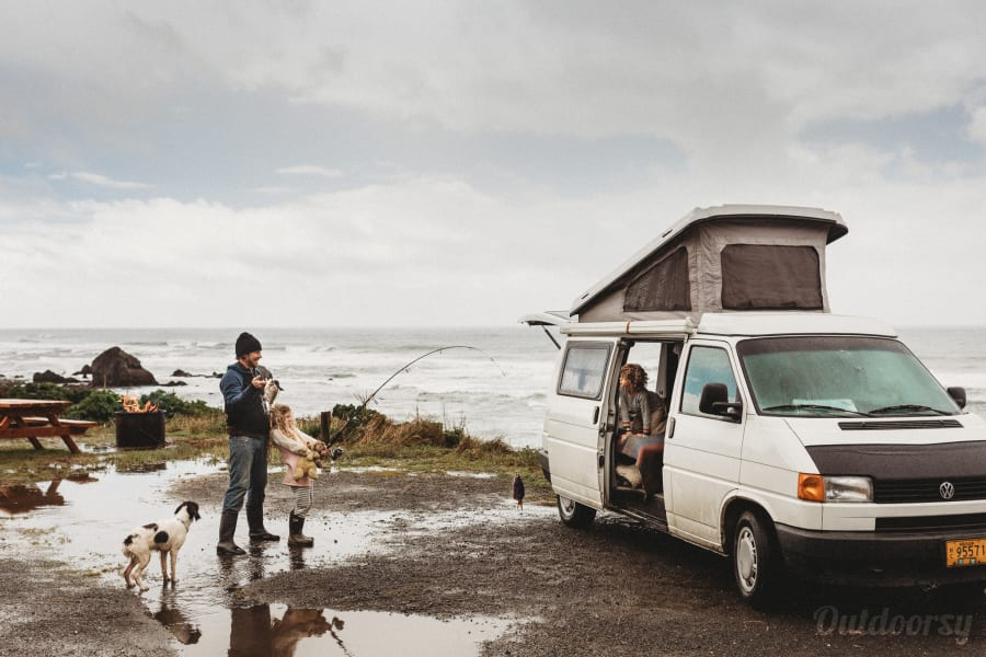 Roy's Ride: Eurovan Camper Portland, OR