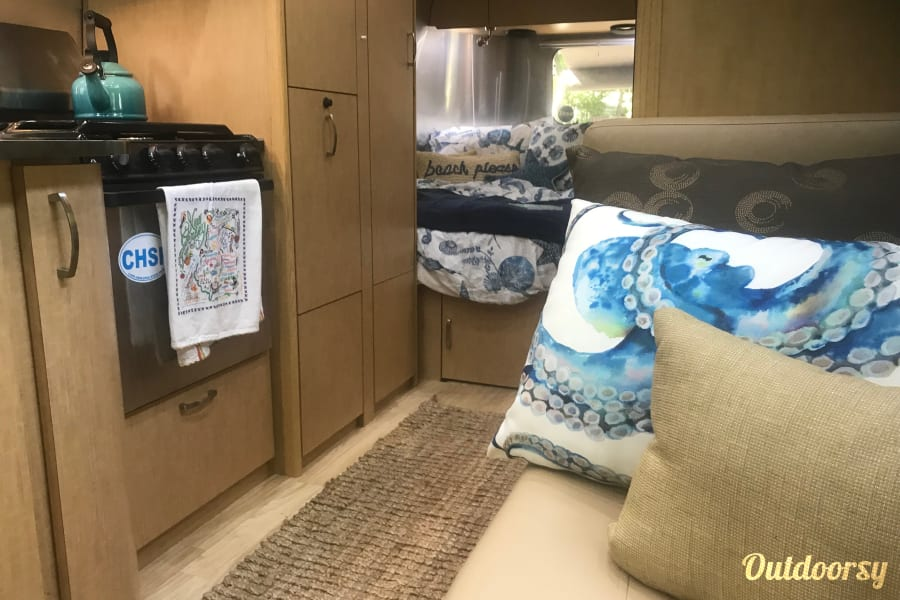 Aolani the 2015 Airstream Flying Cloud Alloway, NJ