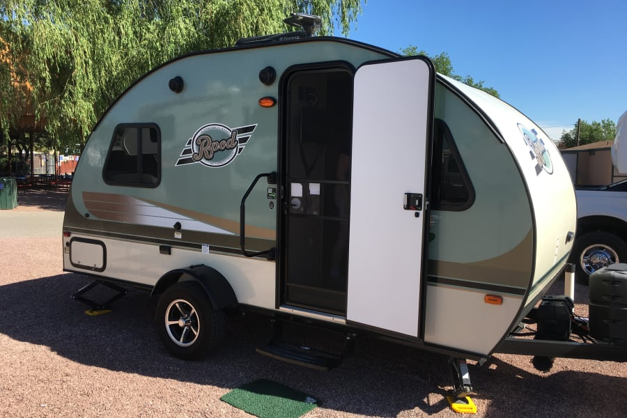 Seriously, it's a great looking camper.