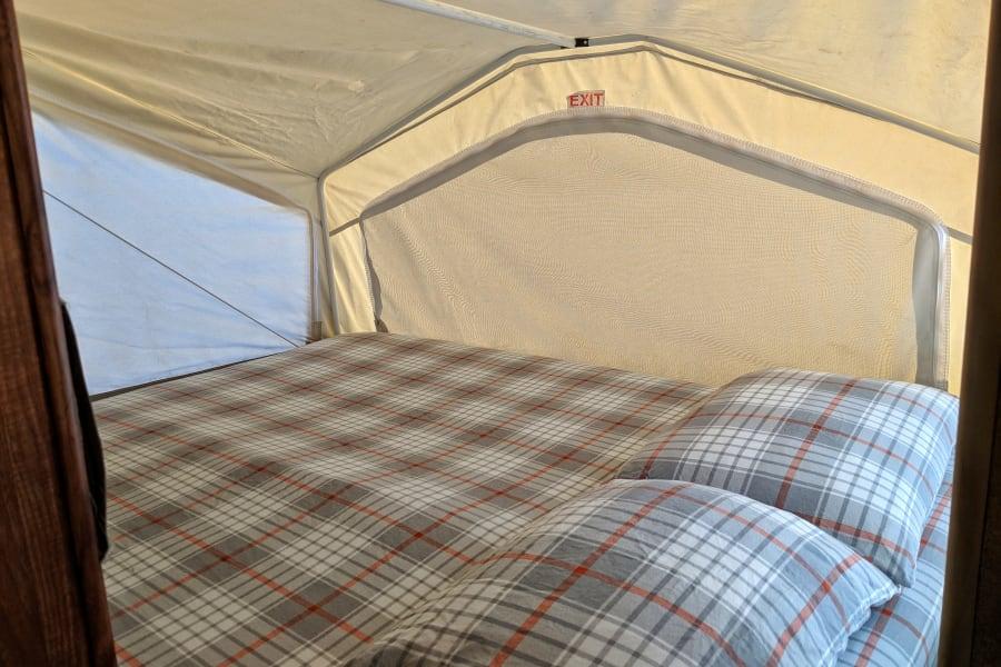 Rear Queen Bed