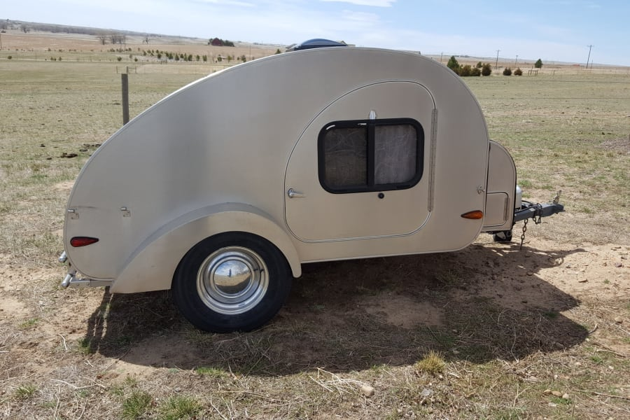 Great look at this beautiful camper