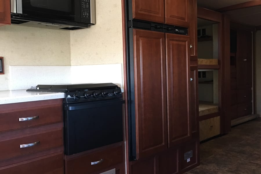 Very large fridge with ice maker!