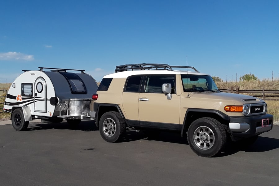 Our Rugged FJ Cruiser with Hogan travel package... ready to take you on your Southwest adventure!