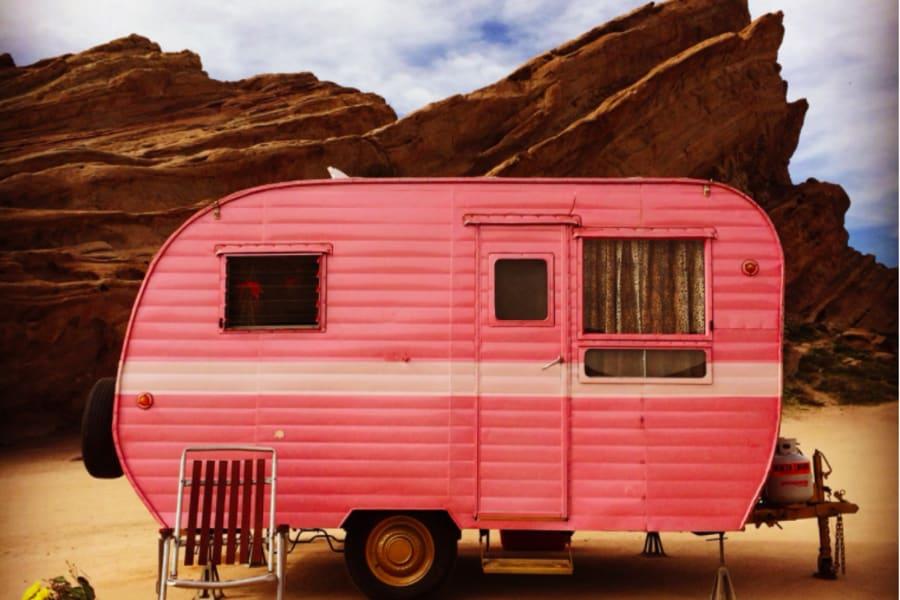 Pinky, at Red Rock Canyon, California