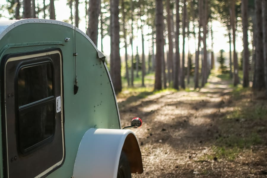 Hitch is a 1945 Teardrop camper, originally used to fetch hot air balloons after their flights in Arizona.