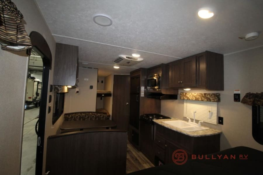 New rv perfect for families with young childrens.