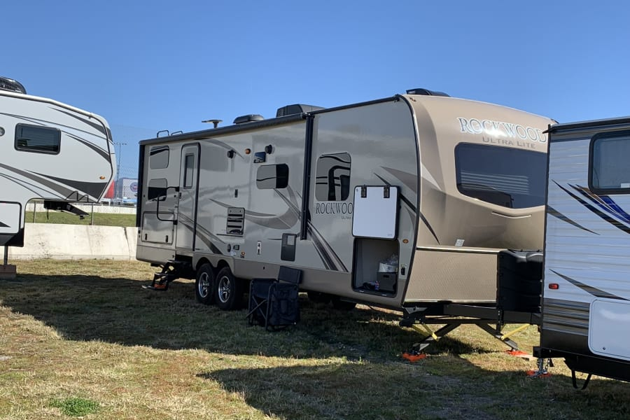 Camping with Friends at Nascar 2019