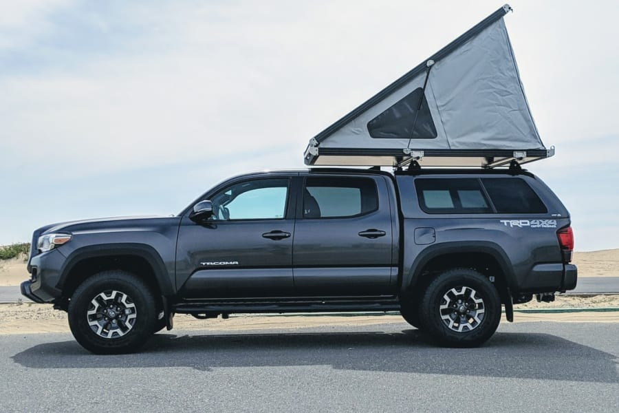 2019 Toyota Tacoma TRD Off Road w/ GFC Roof Top Tent Open