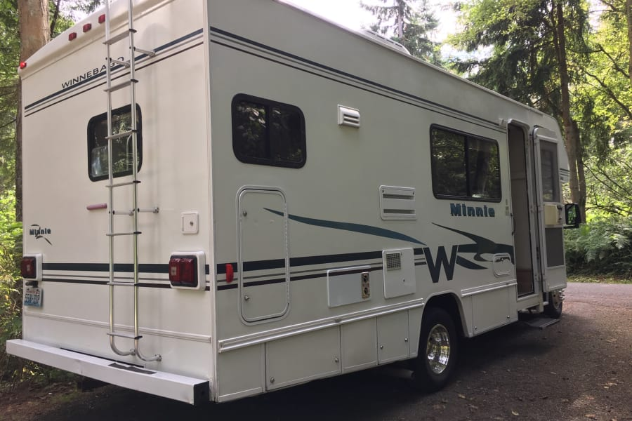 Well Maintained RV