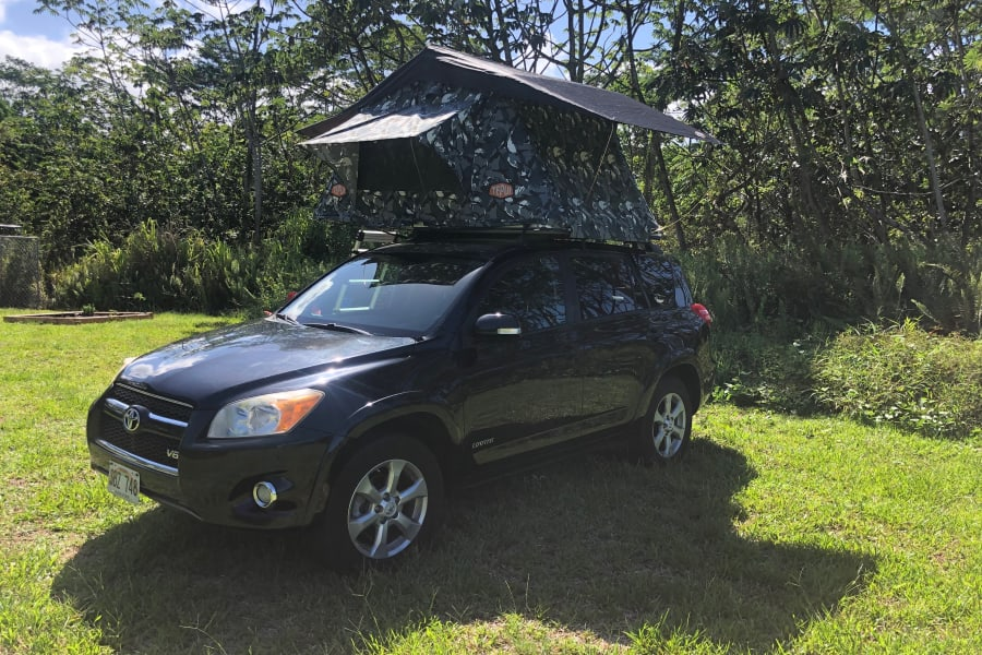 4wd, great mpg, this little rav with tepui tent is perfect for your adventure!