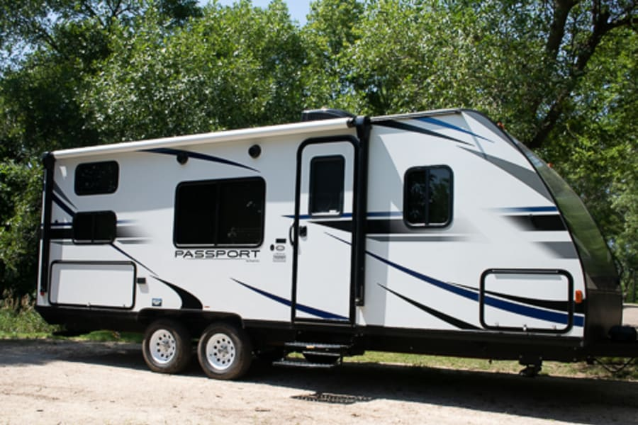 Outside Picture of the camper!