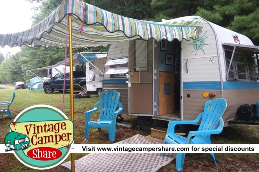 A mid-century modern camper, complete with 50s decor. One of 6 vintage campers for rent. Discount and special packages available at www.vintagecampershare.com
